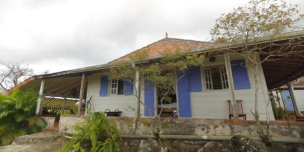 BEL KAY | La Villa Parker