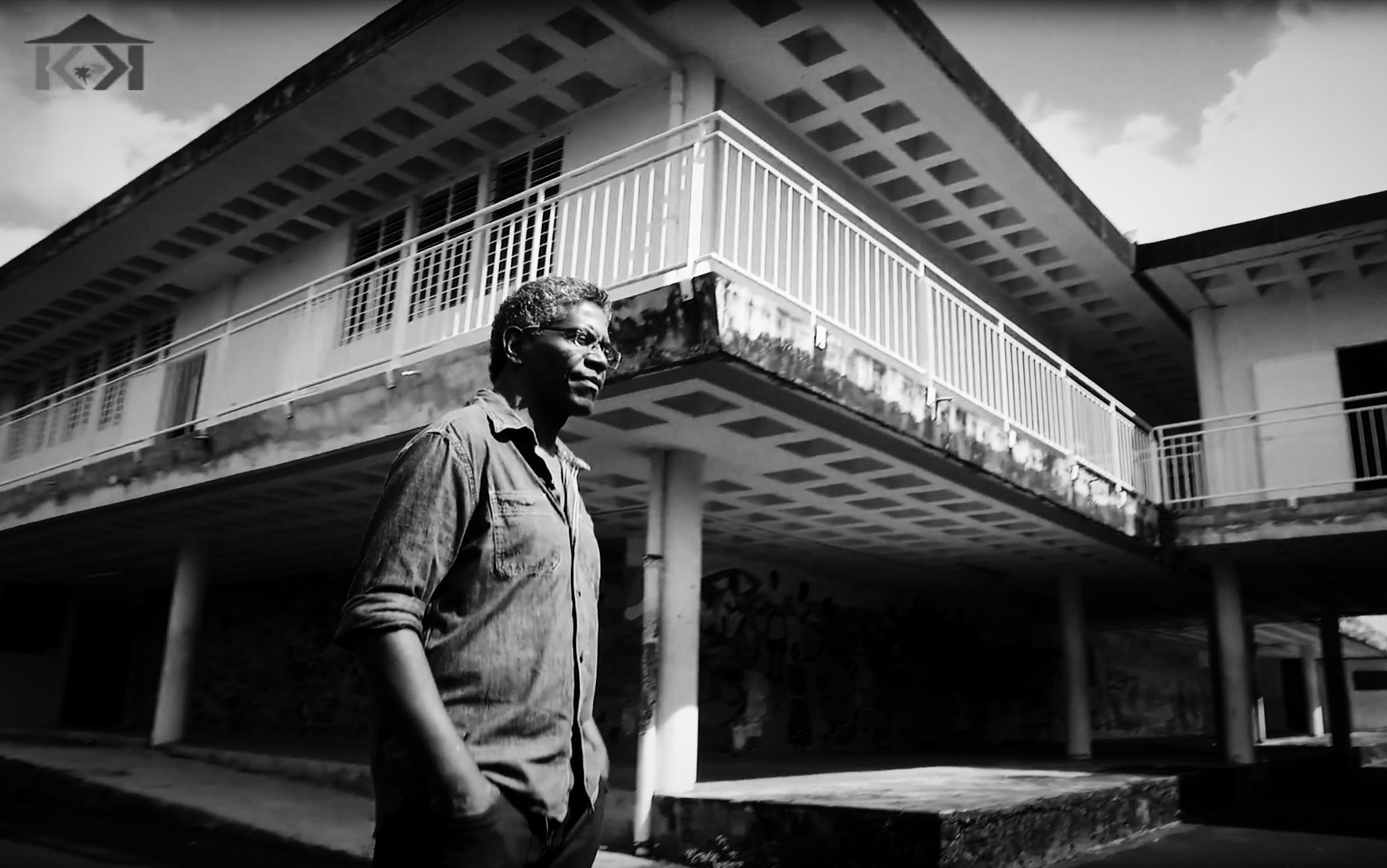 PEOPLE KAY | FRANCOIS GABOURG A L'ECOLE DE DE BRIANT